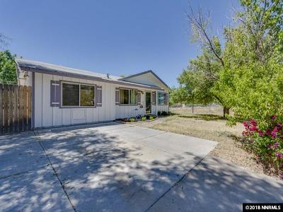Reno Single Family Home For Sale: 230 Palace Court