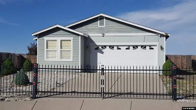 Reno NV Single Family Home For Sale: $300,000