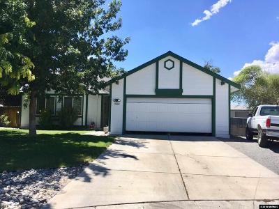 Fernley Single Family Home For Sale: 1545 Maria