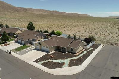 Fernley Single Family Home New: 1427 Red Bluffs Way