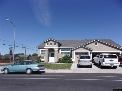 Fernley Single Family Home For Sale: 386 Cook Way