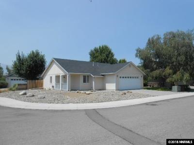 Gardnerville Single Family Home Active/Pending-Call: 1429 Edlesborough Circle