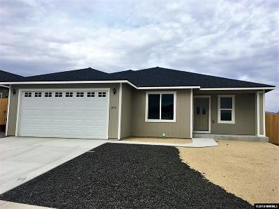 Fernley Single Family Home For Sale: 4534 Spaight