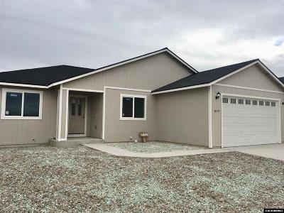 Fernley Single Family Home For Sale: 1859 Endeavor