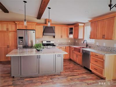 Gardnerville Single Family Home For Sale: 652 Stones Throw Road