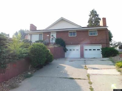 Washoe County Single Family Home For Sale: 150 Mayberry Dr.