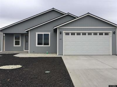 Fernley Single Family Home For Sale: 1851 Endeavor