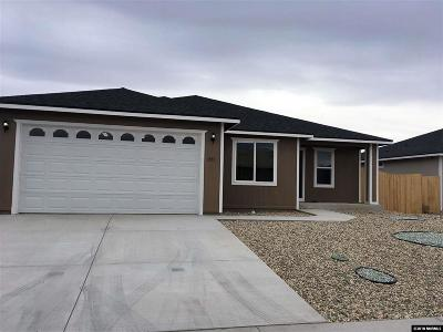 Fernley NV Single Family Home For Sale: $258,000