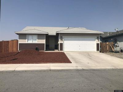 Fernley Single Family Home For Sale: 1019 Foster