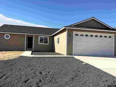 Fernley Single Family Home For Sale: 4545 Spaight