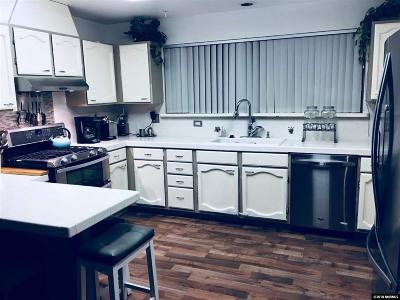 Gardnerville NV Single Family Home For Sale: $599,000