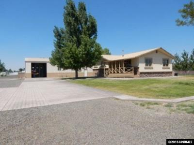 Battle Mountain Single Family Home For Sale: 930 Burns