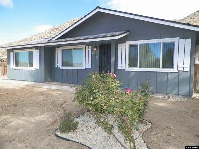 Reno Single Family Home For Sale: 205 Palace Dr.