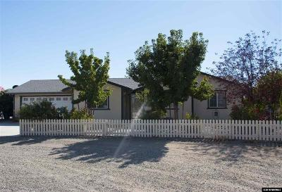 Yerington Single Family Home Active/Pending-Loan: 3 Tamarisk
