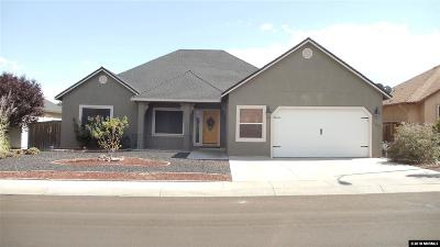 Fernley Single Family Home For Sale: 1051 Pepper Lane