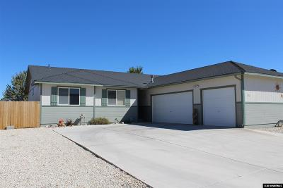 Fernley Single Family Home For Sale: 830 Stanton Lane