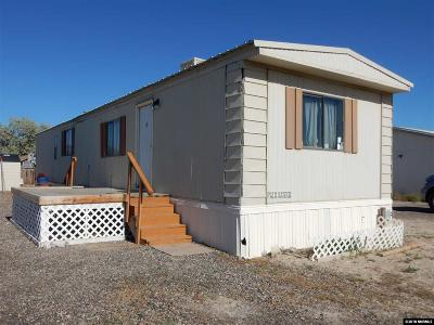 Battle Mountain Manufactured Home For Sale: 106 Manhattan