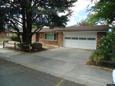Washoe County Single Family Home For Sale: 645 Harbin Lane