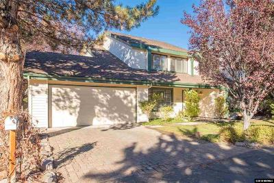 Washoe County Single Family Home For Sale: 6301 Meadow Heights