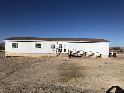 Yerington Manufactured Home For Sale: 14 Sara Circle