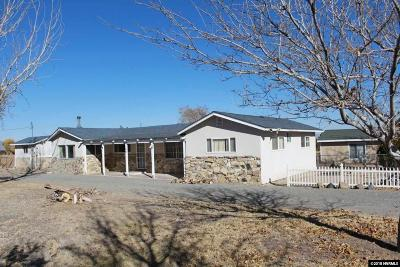 Yerington Single Family Home For Sale: 180 Sunset Hills