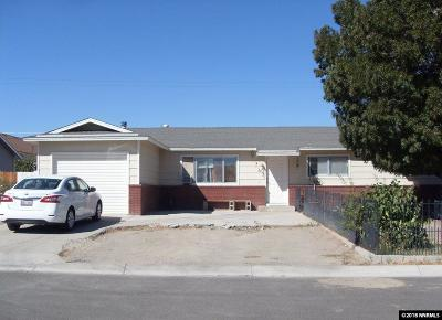 Fernley Single Family Home For Sale: 60 Comstock