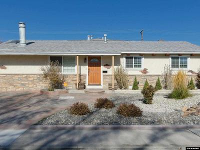 Sparks Single Family Home For Sale: 1562 Greenbrae Dr