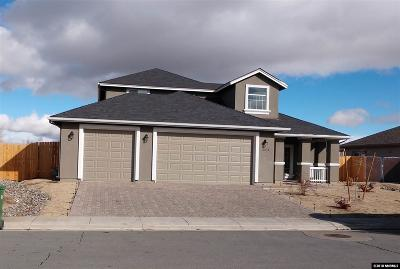 Fernley Single Family Home For Sale: 2274 Hayfield Ln