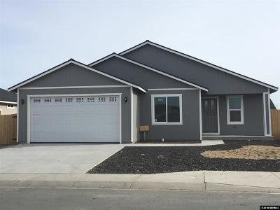 Fernley Single Family Home For Sale: 1833 Hickory