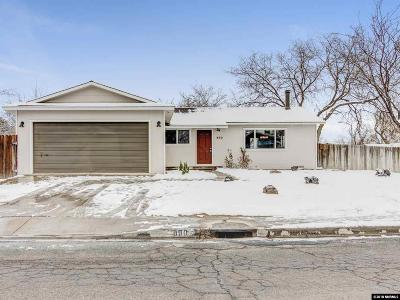 Fernley Single Family Home For Sale: 890 G