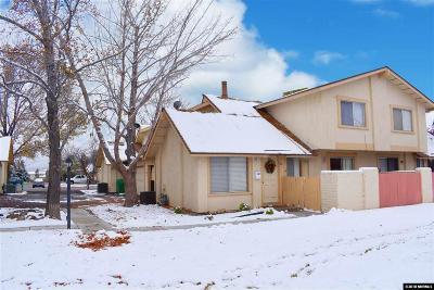 Carson City Condo/Townhouse For Sale: 32 Condor Circle