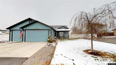 Fernley Single Family Home Active/Pending-Loan: 226 Bridle Path Way