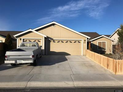 Fernley Single Family Home For Sale: 1694 Round Up Rd