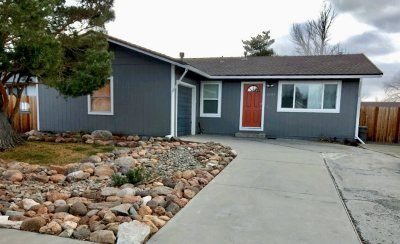Gardnerville Single Family Home For Sale: 1397 Honeybee