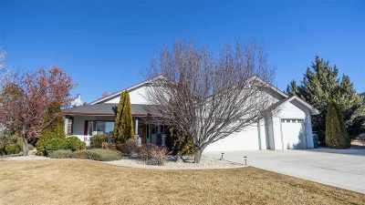 Minden Single Family Home Active/Pending-House: 1512 Brandi Rose Way