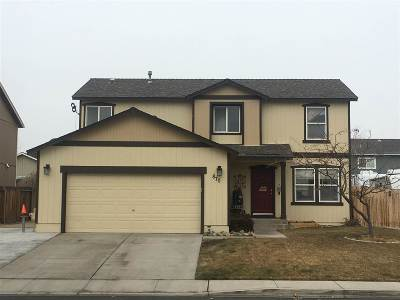 Sparks Single Family Home For Sale: 870 Montero