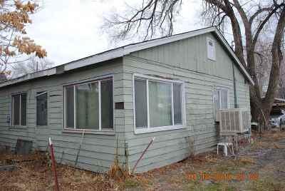 Lovelock Single Family Home For Sale: 880 Cornell Avenue