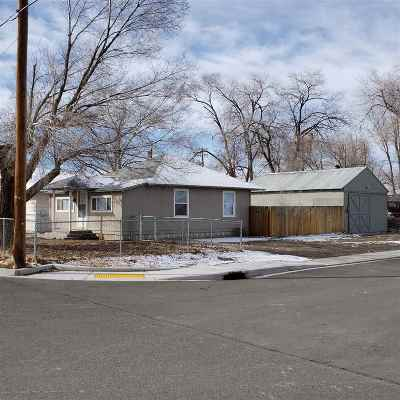 Battle Mountain Single Family Home For Sale: 737 S Reese Street