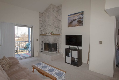 Washoe County Condo/Townhouse Active/Pending-Loan: 2555 Clear Acre #33-3