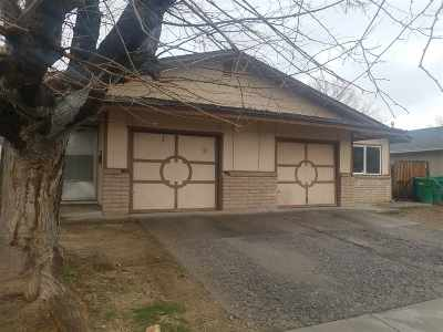 Sparks Multi Family Home Active/Pending-Call: 1710 York