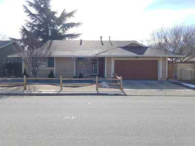 Sparks Single Family Home Active/Pending-Loan: 1525 Tyler Way