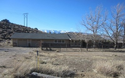 Washoe County Single Family Home For Sale: 15815 Easy St.