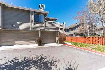 Washoe County Condo/Townhouse For Sale: 3151 Oakshire
