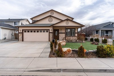 Reno Single Family Home For Sale: 1560 N Saturno Heights Drive