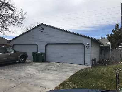 Carson City Multi Family Home For Sale: 992 Round House