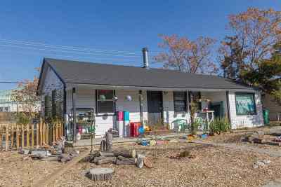 Reno Single Family Home For Sale: 715 N Maddux