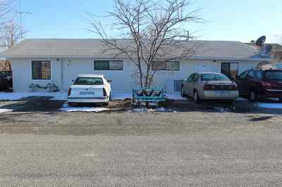 Yerington Multi Family Home For Sale: 8 Warwick Hills Drive