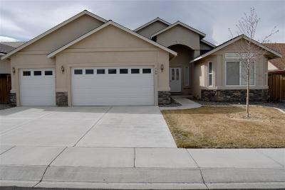 Fernley Single Family Home Active/Pending-Loan: 560 Wedge Lane