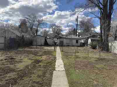 Reno Single Family Home Active/Pending-House: 841 Quincy