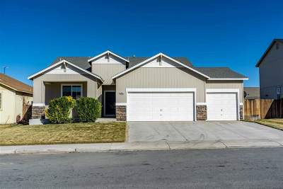 Fernley Single Family Home Active/Pending-Loan: 1605 Rainfall Way